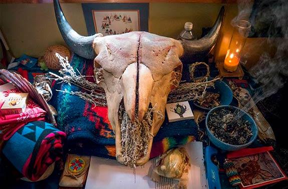 buffalo-altar-575px